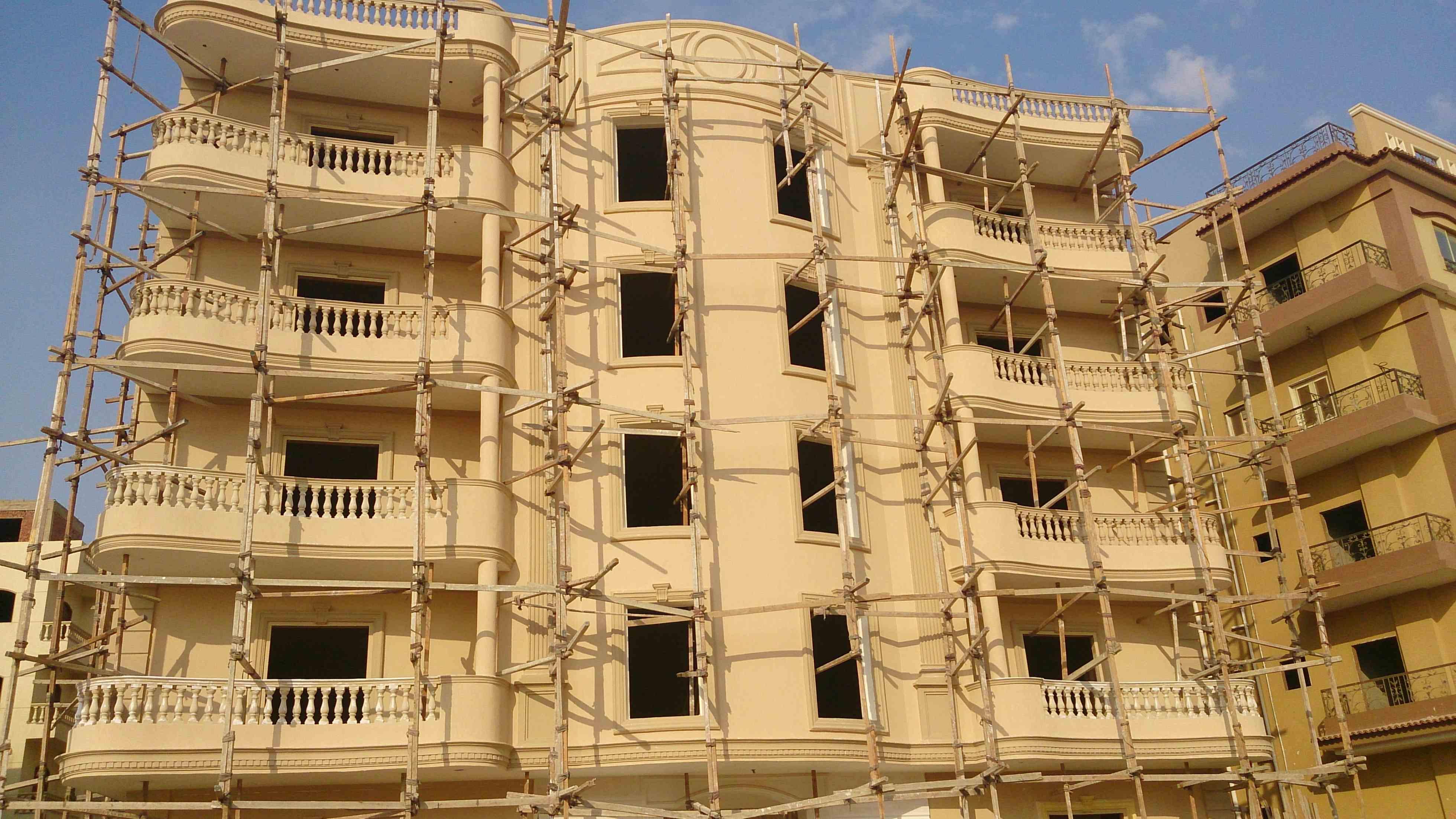 عقار ستوك -  شقق 210 م و 231 م ارضى بحديقة 40 متر  بعمارات النرجس 2  القاهرة الجديدة