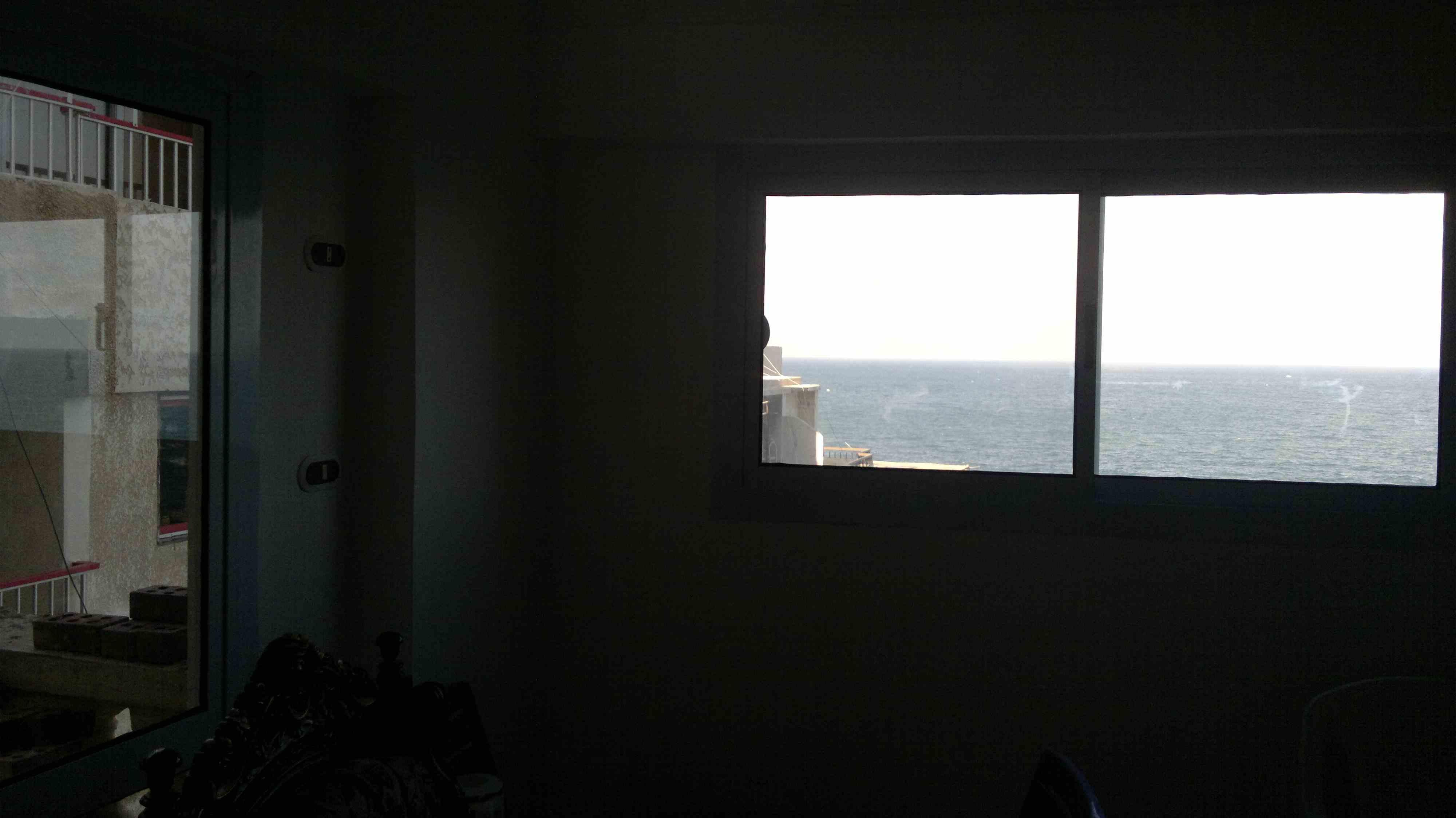 عقار ستوك -  للبيع شقة 90 متر تالت نمرة من الكورنيش وأول واجهة من البحر