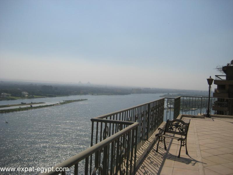 عقار ستوك - Luxury Duplex Apartment for Sale in Maadi with Amazing Nile Views