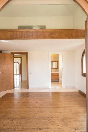 عقار ستوك - شقة رائعة للايجار بالقطامية ديونز